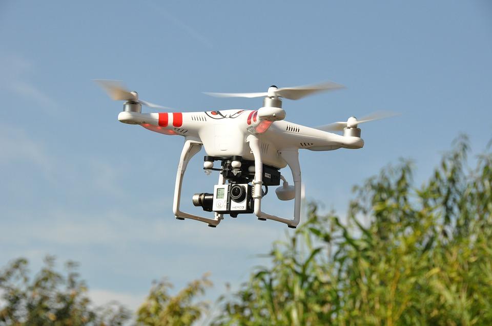 drone-1142182_960_720 (1)